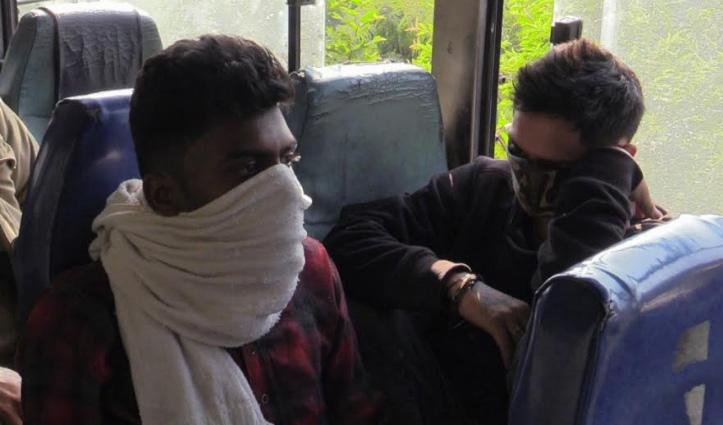 #Mandi: #HRTC_Bus में सफर कर रहे युवकों के पास मिला चिट्टा, मामला दर्ज