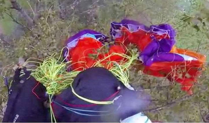 धर्मशाला: बिजली की तारों में उलझा Paraglider, पायलट संग महिला Tourist थी सवार
