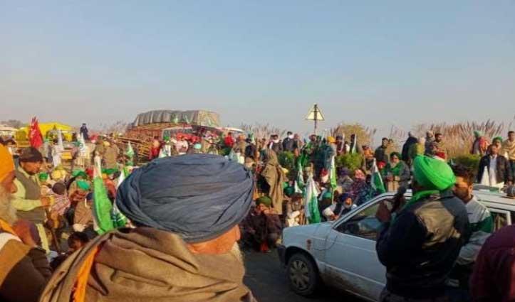ट्रैक्टर पर #Delhi जा रहे किसानों का जत्था हुआ हादसे का शिकार, एक की #मौत, दो घायल