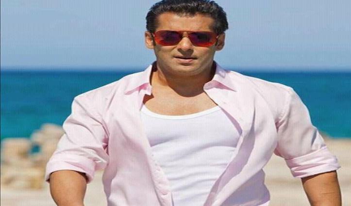 #SalmanKhan के ड्राइवर सहित दो स्टाफ मेंबर #CoronaPositive, सेल्फ आइसोलेट हुए एक्टर
