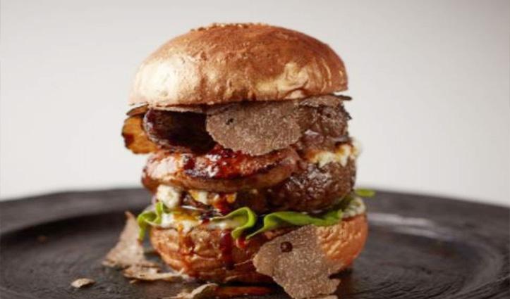 ये है 24 कैरेट सोने का Burger, कीमत सुनकर उड़ जाएंगे आपके होश