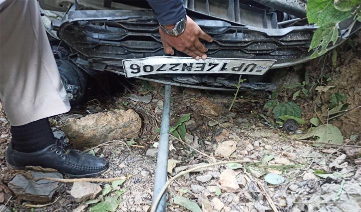 UP से #Himachal घूमने आए थे पांच दोस्त, सड़क हादसे ने ले ली एक की जान, तीन गंभीर