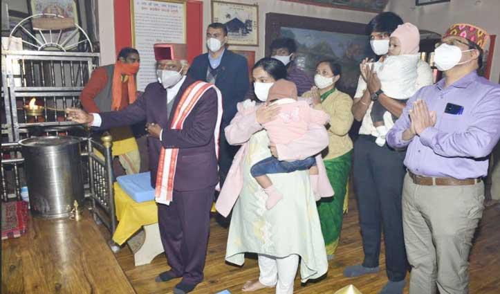 राज्यपाल दत्तात्रेय ने हनुमान मंदिर जाखू में की पूजा