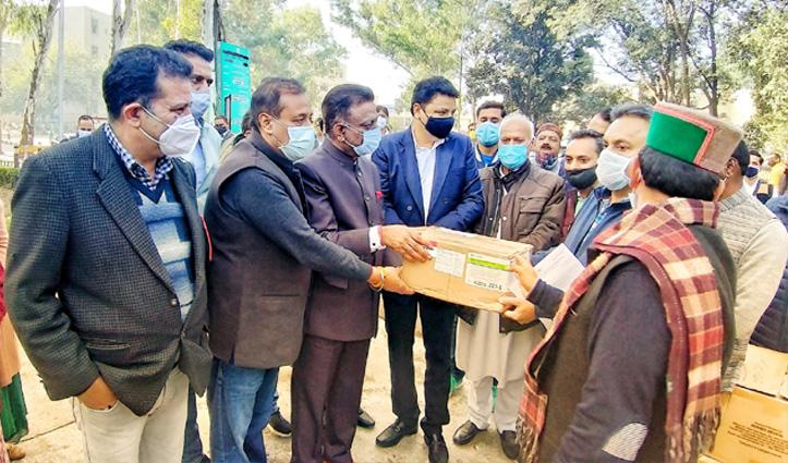 #Himachal_congress ने डॉ.राजेंद्र प्रसाद मेडिकल कॉलेज अस्पताल को भेंट किए स्वास्थ्य उपकरण