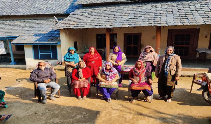भरोली जदीद में सहारा संस्था घलौर ने बनाया Self Help Group, प्रवीण कुमारी बनी प्रधान