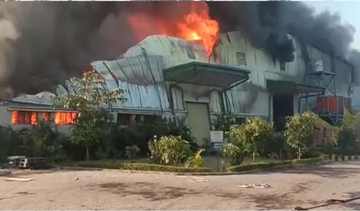 #Himachal में पंखे बनाने वाली कंपनी में लगी भीषण आग, महिला जिंदा जली, तीन झुलसे