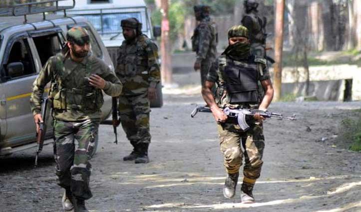 जम्मू-कश्मीर के पुंछ में सुरक्षाबलों ने घेरे 3 आतंकी, मुठभेड़ जारी