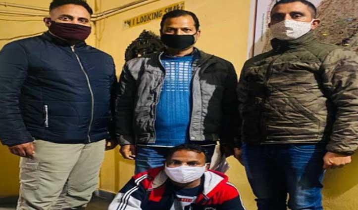 Mandi Police ने पंजाब के होशियारपुर से पकड़ा उद्घोषित आरोपी, कई वर्षों से थी तलाश