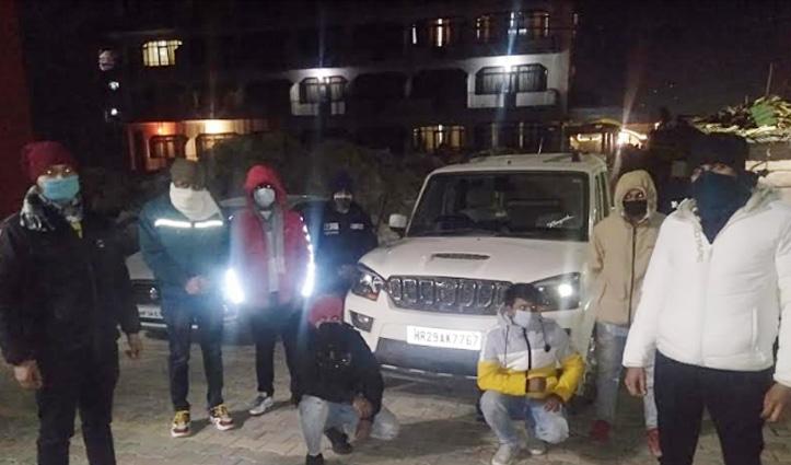 #Atal_Tunnel_Rohtang में हुड़दंग  मचाने वाले दिल्ली व हरियाणा के 15 पर्यटक गिरफ्तार