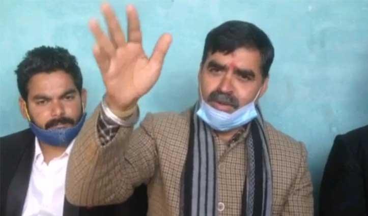 कांग्रेस के पूर्व विधायक बंबर ठाकुर को अपनी ही पार्टी में दिखी काली भेड़े