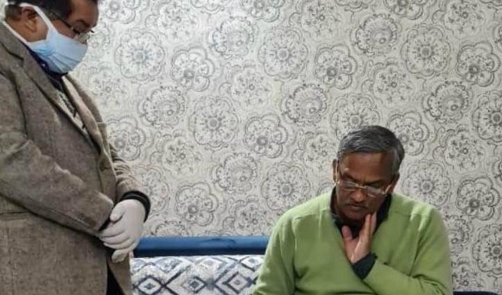 #Uttarakhand के CM त्रिवेंद्र सिंह को AIIMS से मिली छुट्टी, दिल्ली से निपटाईं सरकारी फाइलें
