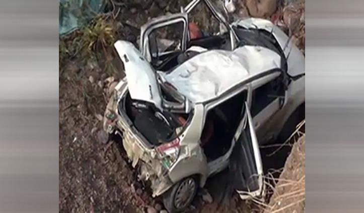 Manali में नए वर्ष का जश्न मनाकर लौट रहे दिल्ली के पर्यटकों की Road_Accident में गई जान
