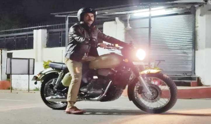 देहरादून की सड़कों पर बुलेट लेकर घूमते रहे Rajkumar Rao, फैंस भी खा गए चकमा