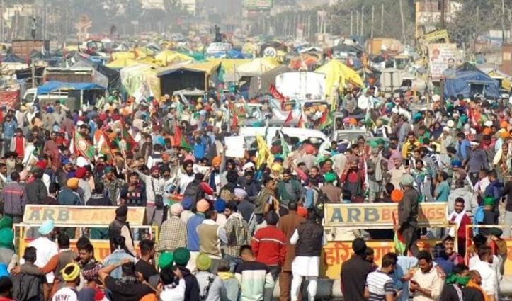#FarmerProtest में शामिल ना हुए तो भरें पांच हजार रुपए जुर्माना, पंचायतों ने दिया आदेश