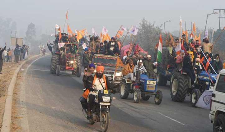 Live : टिकरी बॉर्डर पर किसानों ने तोड़े बैरिकेड, गणतंत्र दिवस समारोह से पहले Delhi में दाखिल होने की कोशिश