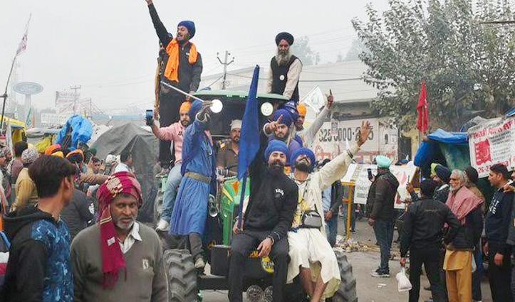 किसान ट्रैक्टर रैली पर सुनवाई टली, SC ने कहा – Delhi में कौन-कैसे करेगा एंट्री पुलिस ले फैसला