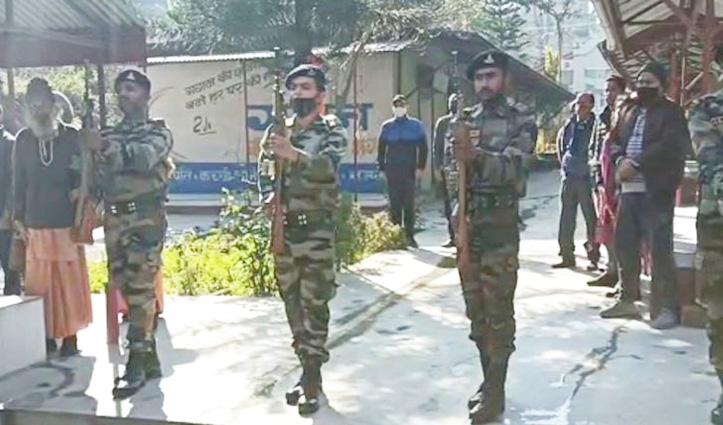 Himachal : दो जवानों ने अस्पताल में तोड़ा दम, एक को सैन्य सम्मान से दी अंतिम विदाई