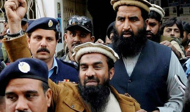 Mumbai Attack के मास्टर माइंड लखवी को 15 साल की कैद, जानें Pakistan ने क्यों रचा ये ढोंग