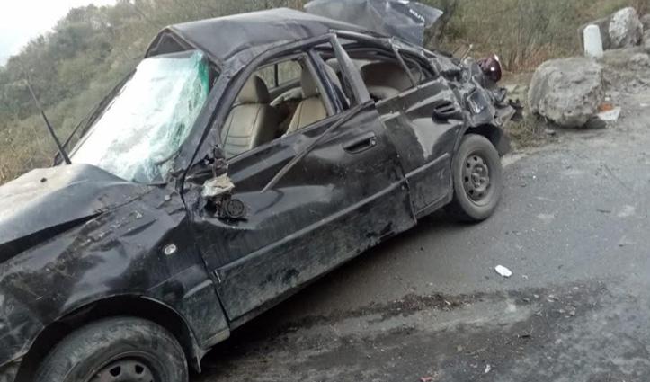 Solan में कार दुर्घटनाग्रस्त, महिला की गई जान; पति और बेटा IGMC रेफर