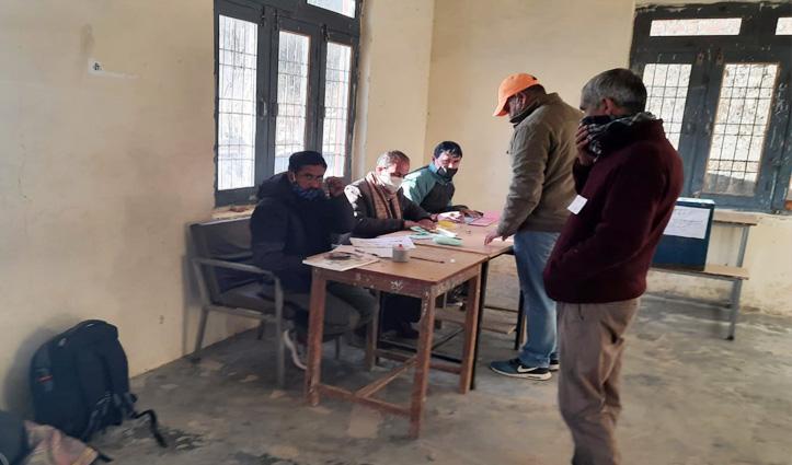 #Panchayat Election:हिमाचल में आज अंतिम चरण का मतदान, 1137 पंचायतों के लिए डाले जा रहे वोट