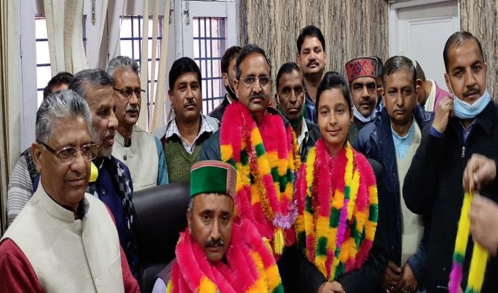 नड्डा के घर BJP की मुस्कान बन गई सबसे कम उम्र की जिला परिषद अध्यक्ष