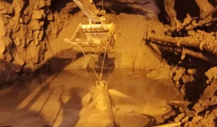 चमोली आपदा : सुरंग में बार-बार आ रहा पानी, रैणी गांव में लगाया गया वॉटर लेवल अलार्म