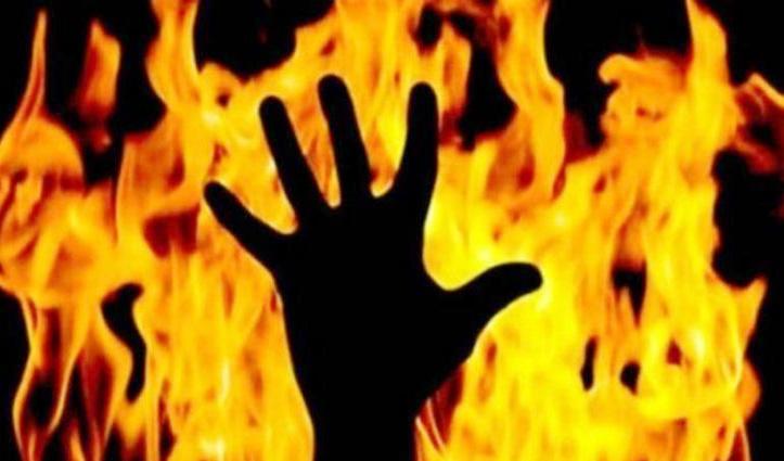जमानत पर छूटा दुष्कर्म का आरोपी, घर में घुसकर पीड़िता को लगा दी आग