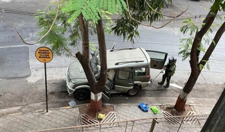 मुकेश अंबानी के घर एंटीलिया के बाहर मिली विस्फोटक सामग्री जिलेटिन स्टिक