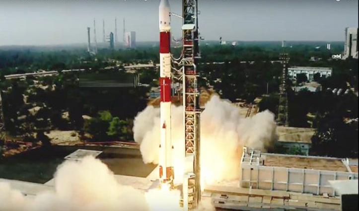 ISRO ने लॉन्च किया नए साल का पहला मिशन, अंतरिक्ष में भेजे 19 Satellites