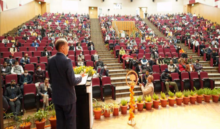 आईआईटी मंडी में केंद्रीय विद्यालय खुलवाने पर विचार करेंगे : जयराम ठाकुर