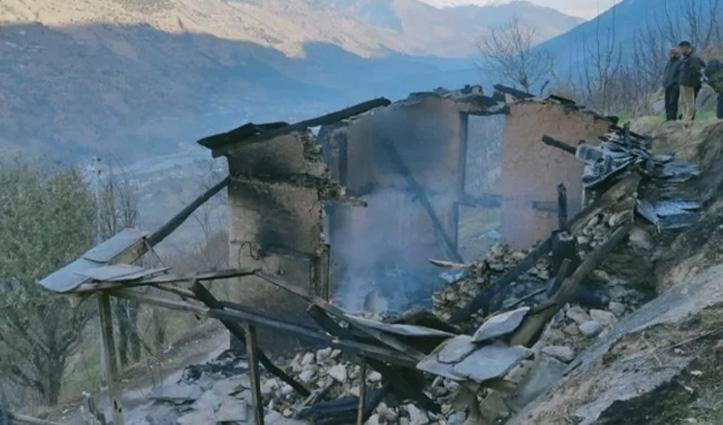 Himachal : कुल्लू की खराहल घाटी में जला अढ़ाई मंजिला पैकिंग हाउस, मणिकर्ण में गौशाला राख