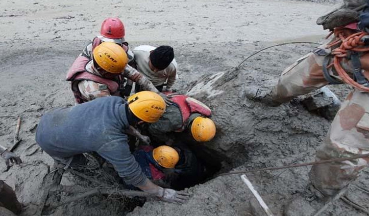 #Uttarakhand : तपोवन टनल में फंसे सभी 16 लोग किए गए Rescue, देखें रेस्क्यू तस्वीरें और वीडियो