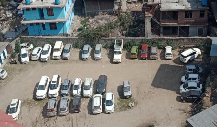आनी में बहुमंजिला पार्किंग बनाने की कसरत, डीसी कुल्लू ऋचा वर्मा ने SDM को दिए निर्देश