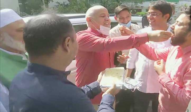 दिल्ली नगर निगम उपचुनाव में AAP का डंका, चार सीटों पर हासिल की जीत, BJP का खाता नहीं खुला