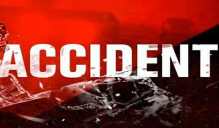 Himachal: सड़क किनारे खड़ी Car से टकराई बाइक, युवक की गई जान