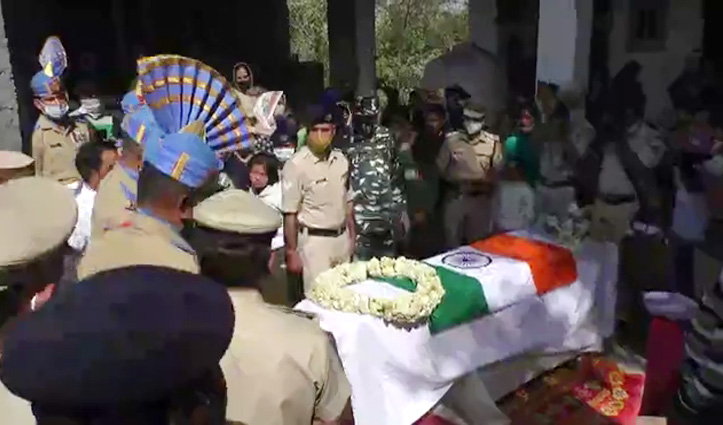 आतंकी हमले में शहीद अशोक कुमार को सैन्य सम्मान के साथ दी अंतिम विदाई