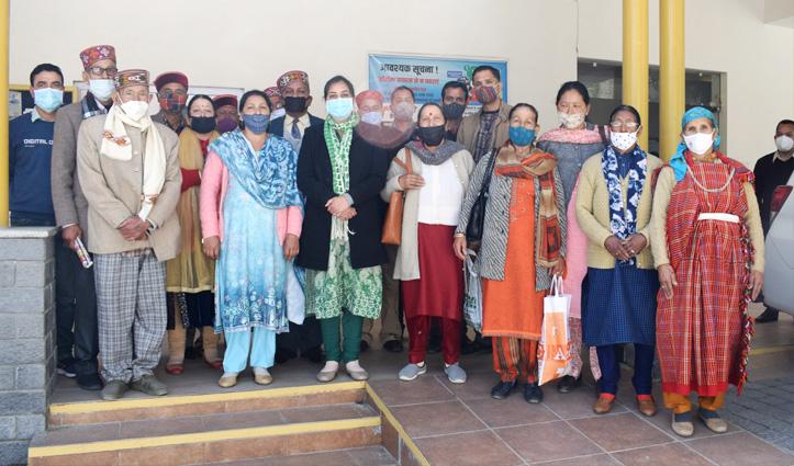 कुल्लू से 8 लोकतंत्र प्रहरी रवाना, सीएम जयराम शिमला में करेंगे सम्मानित