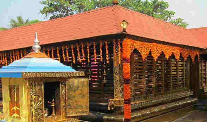 इन मंदिरों में पुरुषों को जाने की नहीं इजाजत, जानिए क्या हैं नियम-कानून