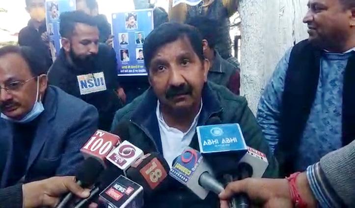 Himachal विस के बाहर धरने पर बैठे मुकेश अग्निहोत्री ने कही यह बड़ी बात