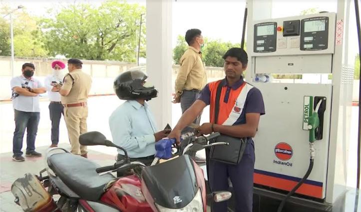 यहां पेट्रोल पंप पर करते हैं काम 100 से भी ज्यादा कैदी, मिलता है हर रोज का वेतन
