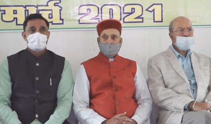 वीरभद्र सिंह के 7वीं बार चुनाव लड़ने के फैसले पर क्या बोले धूमल- जाने