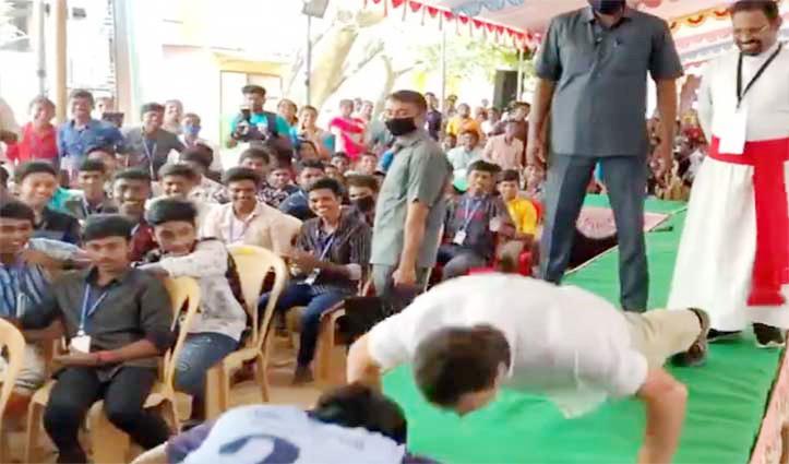 फिटनेस को लेकर सोशल मीडिया पर छाए Rahul Gandhi, 9 सेकंड में लगाए 13 पुशअप्स