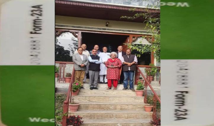 मैडम चंद्रेश के दरवाजे कांग्रेस की टीम, धर्मशाला नगर निगम के लिए माथापच्ची
