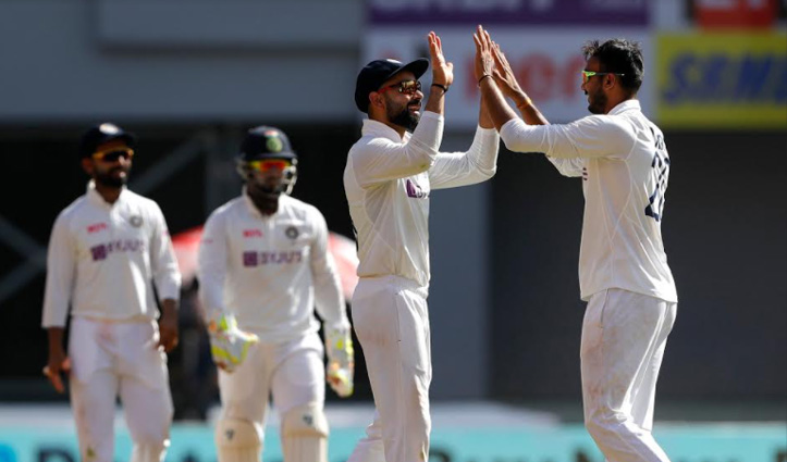 #INDvENG  मोटेरा टेस्ट : पहले दिन अंग्रेज 205 पर ALL Out, भारत ने एक विकेट खोकर बनाए 24 रन
