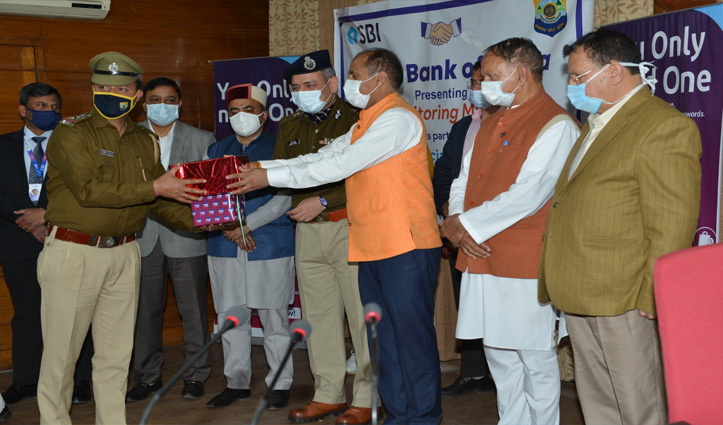 अब हिमाचल के पुलिस स्टेशनों में ही चेक होगा बीपी, मिलीं 350 मशीनें