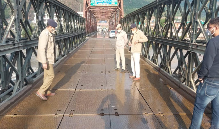 Kullu: भुंतर पुल क्षतिग्रस्त, रोकी ट्रैफिक- रिपेयर के बाद ही खुलेगा