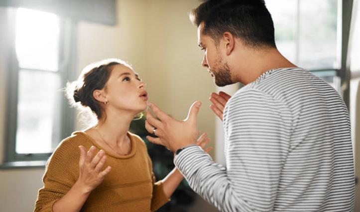 गुस्से में भी रखें थोड़ा कंट्रोल, पार्टनर को कभी ना कहें ये बातें, टूट सकता है रिश्ता