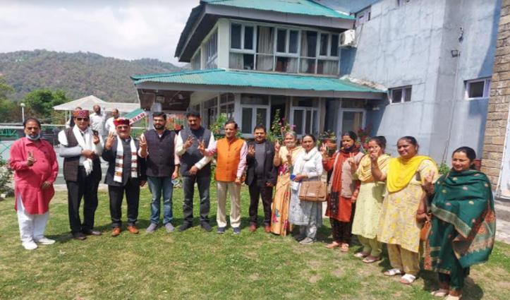 धर्मशालाः BJP को मिला आजाद का साथ, सत्ता पर काबिज होने का रास्ता साफ
