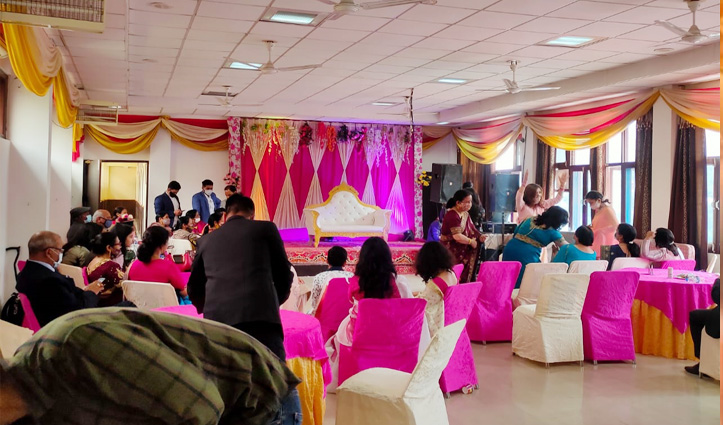 शादी के लिए हिमाचल में होटल कारोबारियों का पैकेज-बस दूल्हा-दुल्हन आएं और रस्में निभाएं