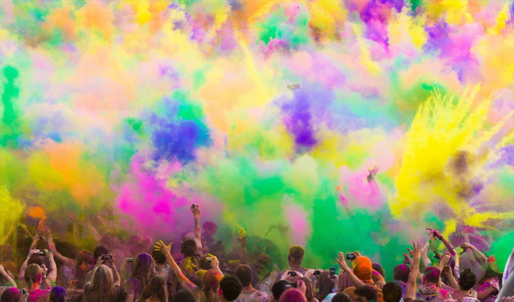 रंग पंचमीः देवताओं को समर्पित है रंगों का ये त्योहार